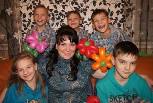 Елена с детьми - самая счастливая